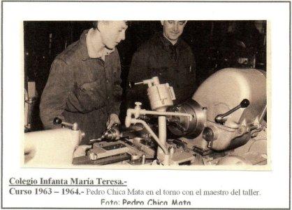 1963 Pedro Chica Mata con el Maestro de Taller